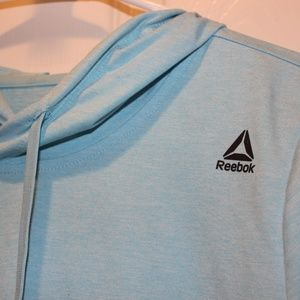 Reebok Tops - Womens Reebok Cropped Sweatshirt